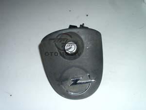 Opel Corsa B Bagaj Açma Buton+Bakariti<br>