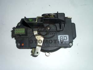 Opel Vectra B Sağ Ön Kapı Kiliti<br>