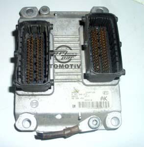 Opel Corsa  Motor Beyni 1,0 12 1,4  <br>