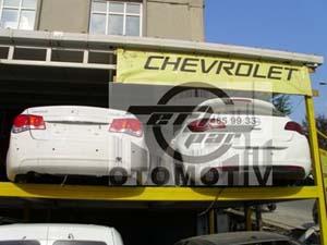 Chevrolet Cruz  Arka