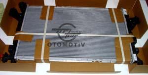 Opel Corsa C 1,7 Su Radyatörü